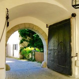 Schloss Weinberg Iron Gate