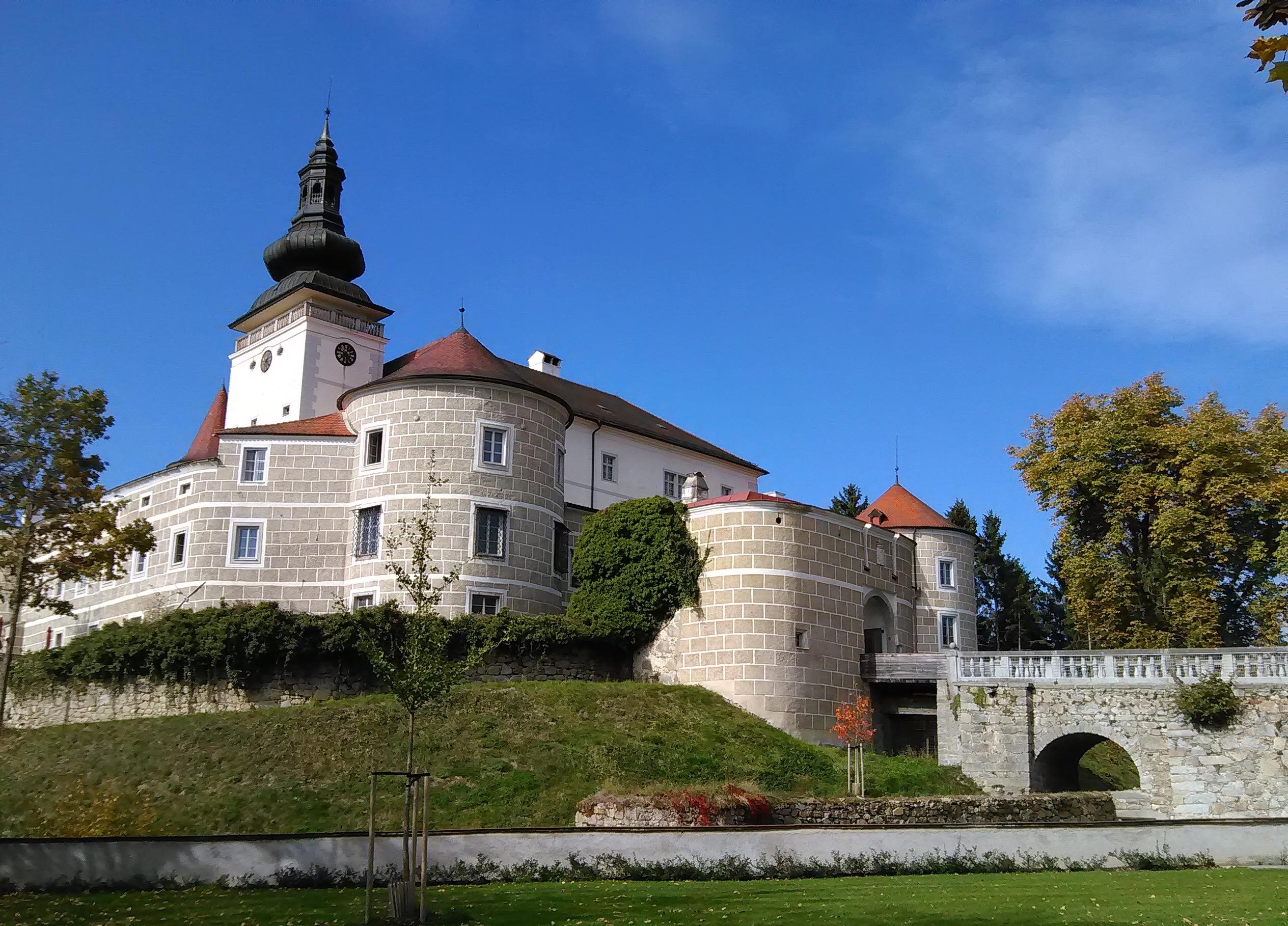 Schloss Weinberg Park